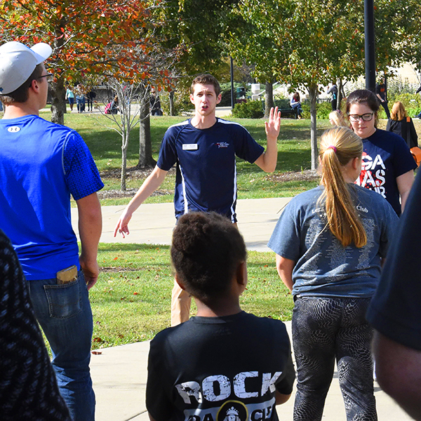 Student Ambassador giving a campus tour to potential students